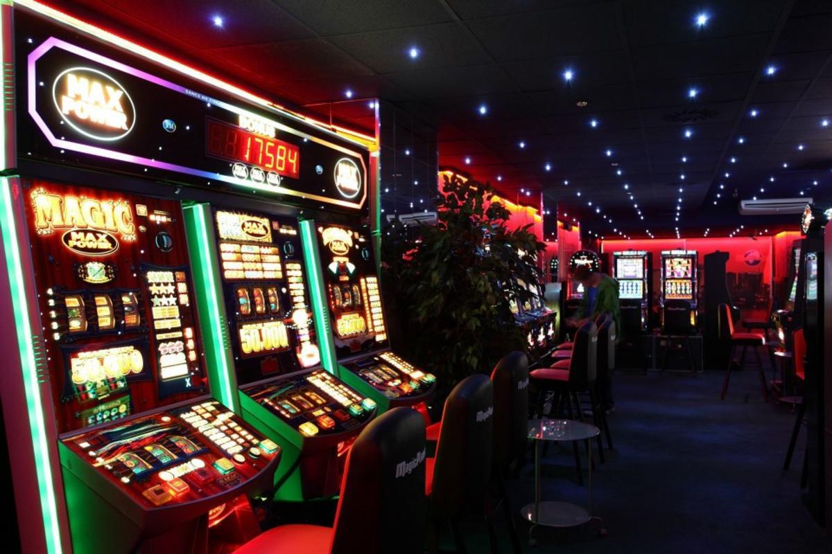 Игровые автоматы в курчатовском районе